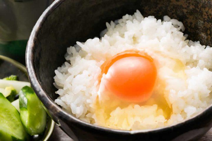 玉子の甘さと炊きたて熱々ご飯の一体感が ヤミツキ「玉子かけごはん」